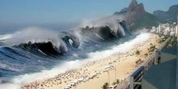 Начало одного из самых страшных цунами в истории. Живая съемка очевидцев