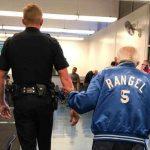 92-летнего старика выгнали из банка