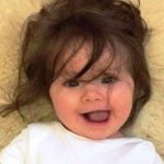 Женщина родила очень красивую девочку. Но кое-что в ее внешности удивило даже опытных акушеров!