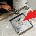 Пара нашла скрытый сейф у себя в доме, то что они там обнаружили поражает