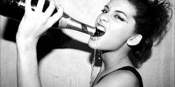 Любовь к алкоголю и мату: странные признаки высокого интеллекта