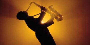 Мелодия для души! В одинокой ночи саксофон! Нереально красиво!