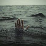 Муж оставил жену тонуть на корабле…Причина, трогает до слез!