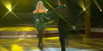 Ирландский степ от Riverdance. Дух захватывает!