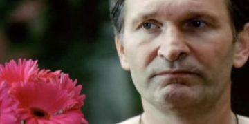 «Одинокий мужичок за 50» — трогательная, жизненная песня… Самый лучший клип!