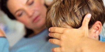 Жена предложила мужу забрать сына, которого родила и бросила его любовница