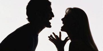 Убирайся из моего дома! — кричала моя соседка Инна, своему мужу.