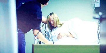 Женщина «умерла» во время родов. Муж шепнул ей на ухо всего пару слов и… побледнел!
