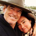 Звезда Джеймса Бонда Пирс Броснан и его жена отметили 25 лет совместной жизни