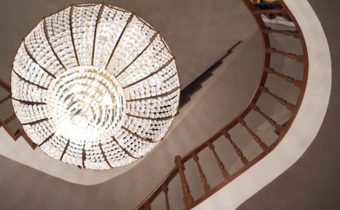 «Не дом, а барский дворец..»: Зрители возмущены роскошью дачи Инны Чуриковой.